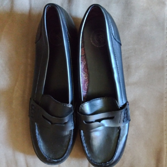 SO Shoes - Price drop! SO black womens loafers. Size 10